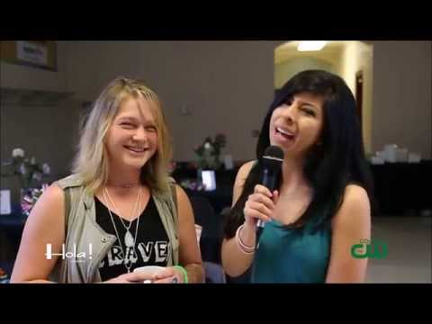 Crystal bowersox interview   hola! tv show